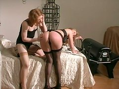 Kinky chick Madison  spanks Young Anna Mills