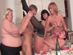 Bisexual matures licking horny cunts in group sex