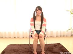 Asian cutie gives some nice feelings to her man