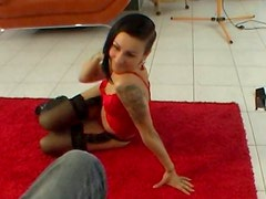 Amateur Czech chick performs lapdance professionally