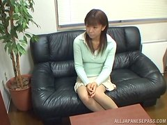 Amateur Japanese girl gets fucked at the interview