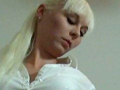 Alluring blonde chick gives a jaw-dropping blowjob