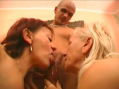 Dirty mature whores Remy and Paula are giving awesome double blowjob