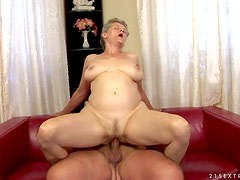 Turned on short haired wild granny Aliz with big knockers