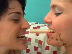 Girls make out with messy food faces