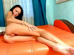 Arousing beauty in superb solo