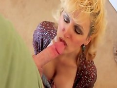 Racquel Devonshire likes to has sperm in her mouth