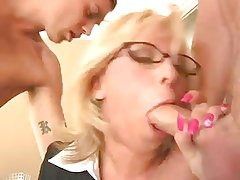 Georgia Peach Gets Throated