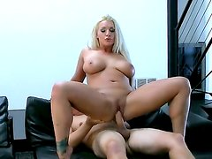 Enjoy awesome backstage with blonde bombshell