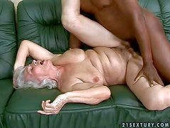 Short haired granny Norma with natural hanging tits and pale