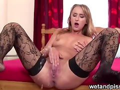 Teen Squirting champion