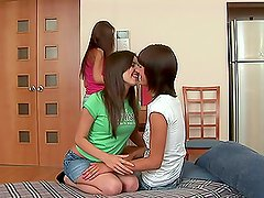 Multiple Dildo Ass Insertion with Three Lesbian Chicks
