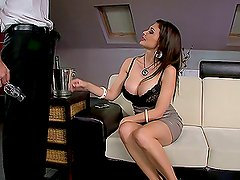 Amazing Sex With The Hot Bartender Aletta Ocea