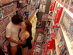 Lustful Tramp Nails A Guy In The Store Aisle