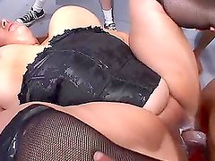 Elizabeth Rollings the slutty fat babe gets gangbanged