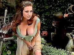 Erica Campbell wants it in the garden with you