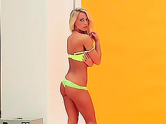 Naughty Blonde Alyssa Marie shows Off Her Hot Body