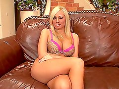 Angelina Ash gives an amazing deepthroat blowjob in the living room