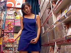 Nana Ogura the hot Japanese babe sucks a cock in public place