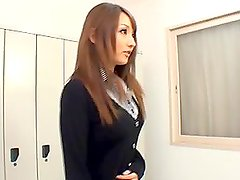 Reon Otowa shows her cock-sucking talent in the locker-room