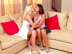 Livingroom Passion with busty blond and a gorgeous brunette