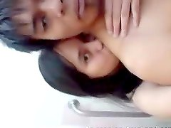 Horny Asian couple filming themselves in the bathroom