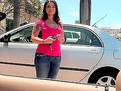 Amazing Jessica shows her ass in the car and fucks in the street