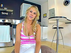 Blonde loves fucking in her kitchen in a very dirty way