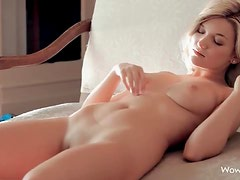 Flawless blonde goddess with pretty pussy getting naked