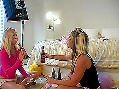 Amateur Video Of Austin Talking Babe Chat With Her Friend