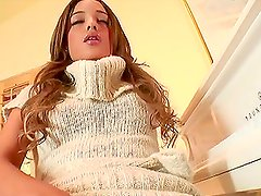 Horny Latina Melanie Rios Masturbates on a Piano and in the Shower