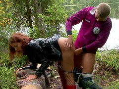 Weird blowlerina Colleen gets hammered doggy in the forest