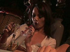 Jaylynn Sinz gets high and horny for a quickie with her buddy