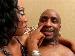 Sexy black dude gets felatio from horny babe Oasis Starlight