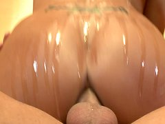 Brutal anal pounding is the right treatment for Trina Michaels