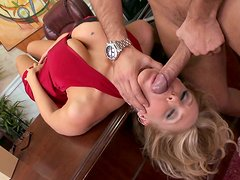 Killing seductive whore Julia Ann gives a head to Keiran Lee in the office and gets her toes sucked