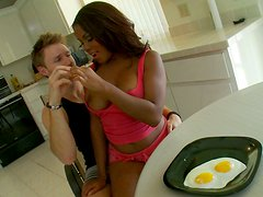 Beautiful chubby ebony cutie Candice Nicole in morning quickie