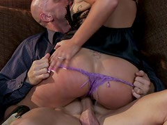A great cock sucker London Keyes shows her talents