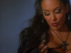 Kinky bikers Jenaveve Jolie, Sophia Santi, Nina Mercedez masturbate in the garage