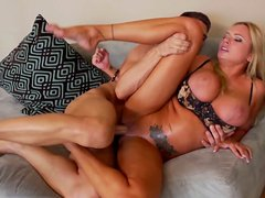 Voluptuouse bitch Briana Banks sucks the dick deepthroat and gets hammered hard from behind