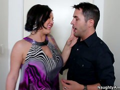Crummy and horny brunette bitch Claire Dames gets her tits squeezed and her pussy licked dry