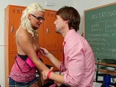 Failed astronomy exam means blowjob for Tasha Loxx
