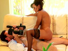 Bootylicious brunette Lisa Ann rides dick on homemade sex tape