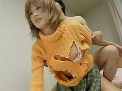 Ama de casa - Light haired Japanese housewife takes it doggystyle