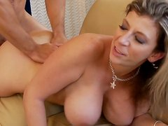 Plump chick Sara Jay gets a thorough drilling of wet pussy
