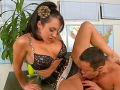 Horny secretary Amy Brooke gives blowjob