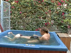 Sindee Jennings dives to suck his dick in pool.