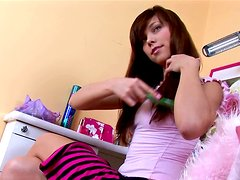 Virgin teen Veronica playing with her sweet pussy