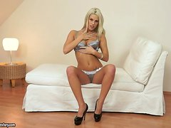 Blanche Bradburry strips and plays with her nice pussy