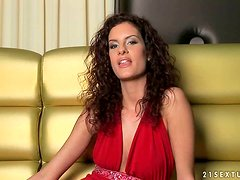 Getting To Know the Attractive Brunette Pornstar Leanna Sweet